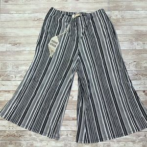 NWT Mimi Chica Flare Pants